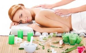 femeie-la-masaj-680x420