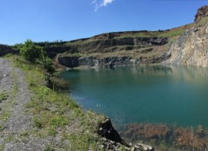 lacul-de-smarald-de-la-racos-o-minune-a-naturii-inca-nepromovata-thumb-0