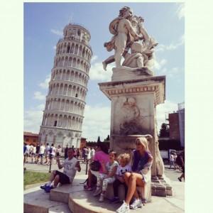 Vizita la Turnul din Pisa