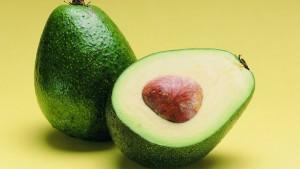 sanatate-avocado-aliat-impotriva-imbatranirii