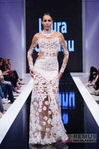 Laura Olteanu